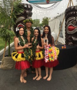 Authentic Hawaiian decor and dancers